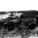 Hästholmsvarvet på -10 talet där Loris byggdes. Då låg varvet på Hästholmen i Nacka.